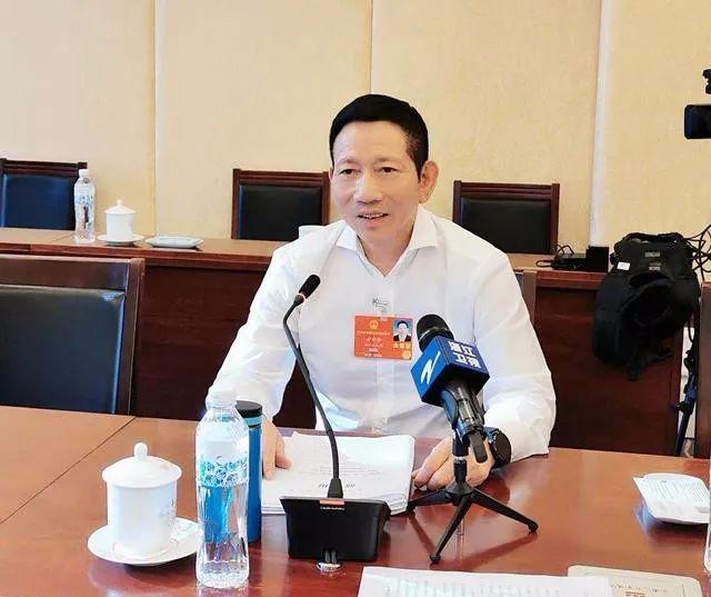 人大代表方中华建议:加大强农惠农政策支持力度,确保粮食安全