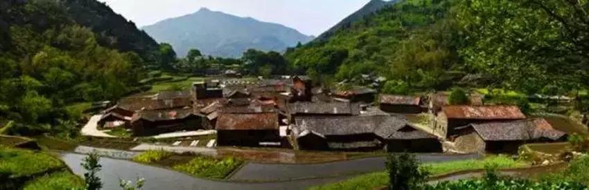 这个被称为石头村/长寿村的百年古村落,在时光打磨中焕发新生