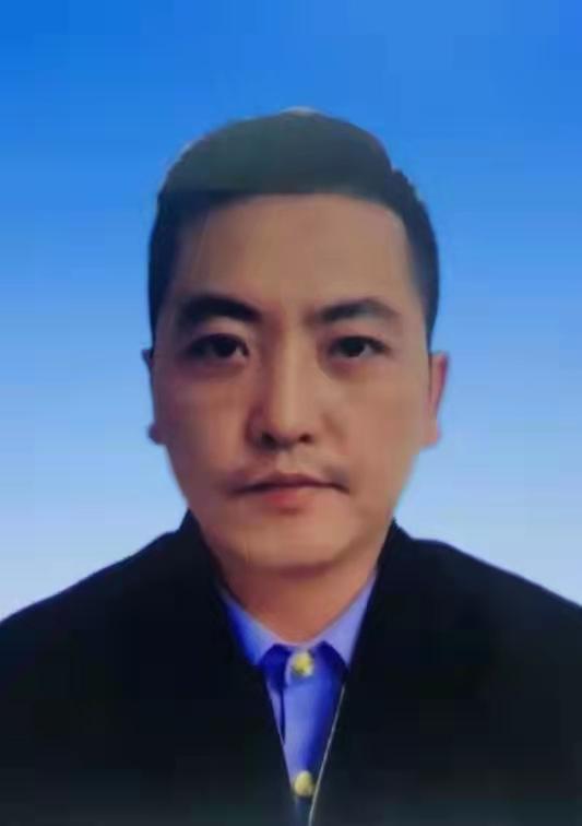 国安防务科技中心主任崔宇飞向全国人民拜年